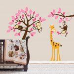 Exclusive Muursticker Boom met Aapjes en Giraffe (Roze) (1)