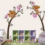 Muursticker Bruine Bomen met Koala Beertjes en Roze Bloemen XXL