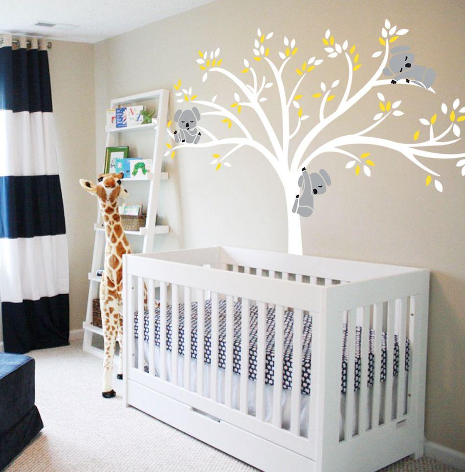Muurstickers Babykamer Beertjes.Exclusive Muursticker Witte Boom Met Gele Blaadjes En Koala Beertjes